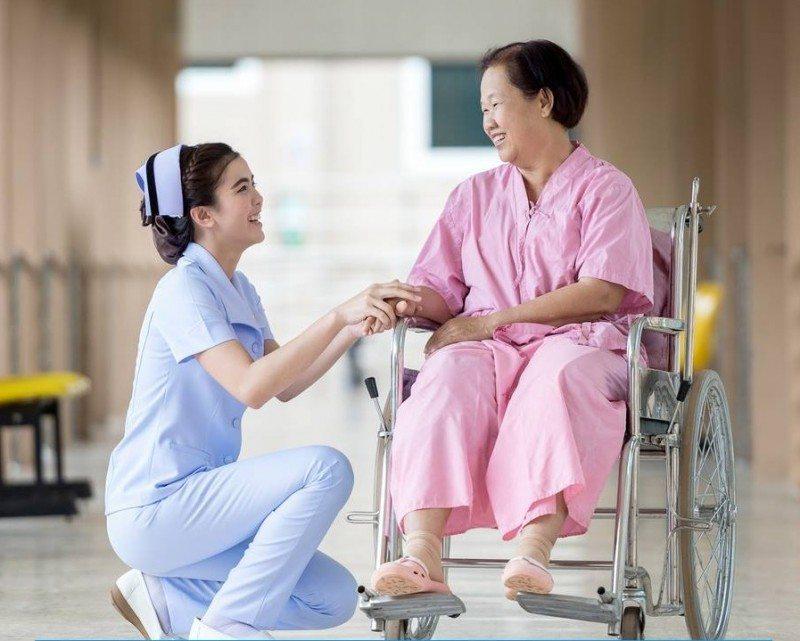 Tìm hiểu những điểm khác nhau giữa Y tá và Điều dưỡng 1
