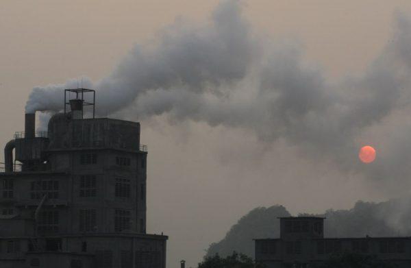 Nguyên nhân gây ra ô nhiễm không khí ? Nguồn gây ô nhiễm không khí