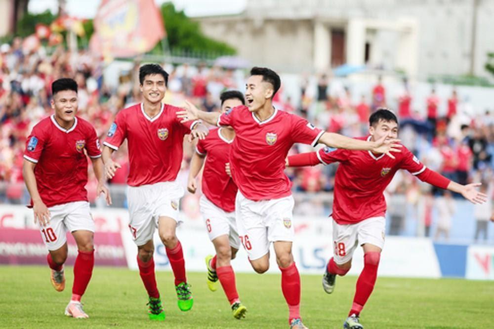 Bản sắc riêng của câu lạc bộ bóng đá Hồng Lĩnh Hà Tĩnh